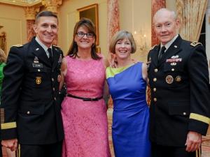 usa,Michael T. Flynn & Martin Dempsey,wives