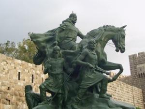 syria-statue-of-kurdish-general-saladin